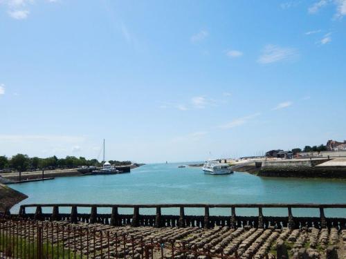 Blick über die Hafeneinfahrt