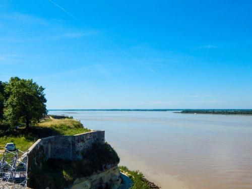 Blick auf die Gironde Richtung Bordeaux