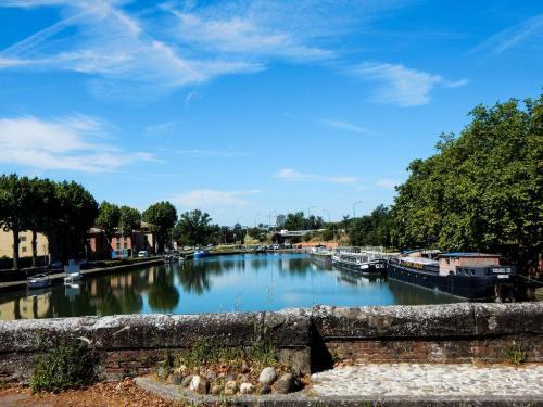 Hafenbecken in Toulouse