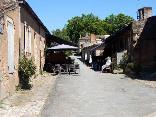 Ein komplettes Dorf innerhalb der Zitadelle