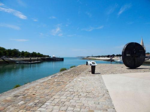Pier am Hafen von La Rochelle